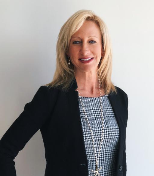 Paula Sanzaro Pietruszka, Salesforce Engineer